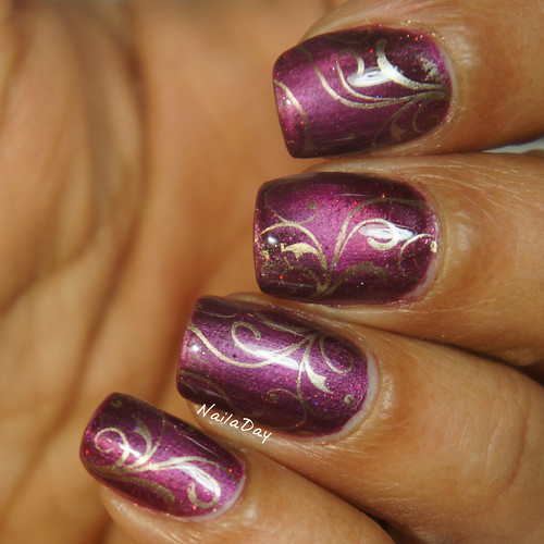 NailaDay: Sinful Colors Captivate Me with Uber Chic stamping