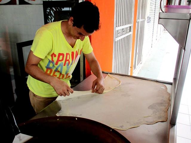 Making roti canai 2