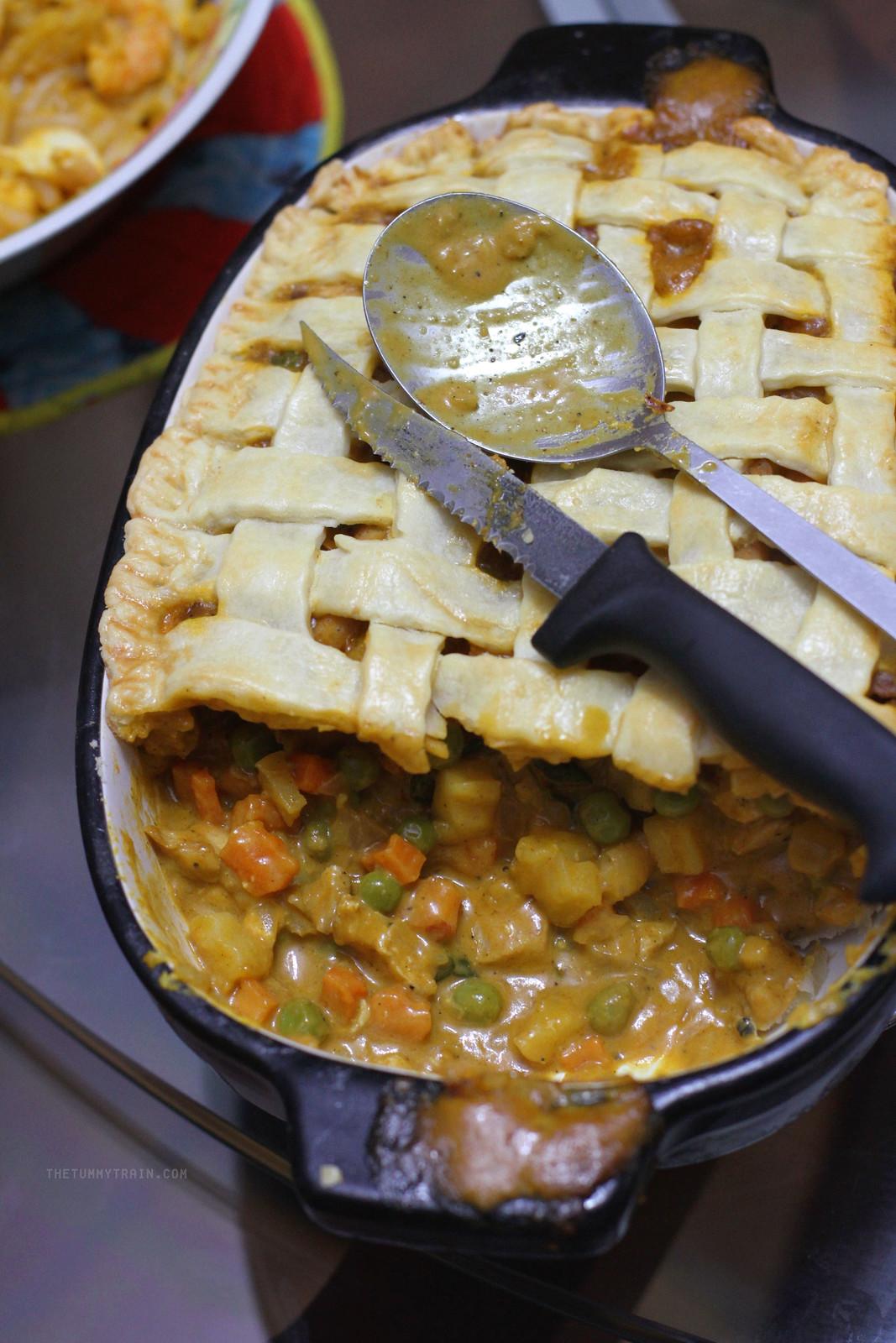 26324616251 dac0f27b05 h - A dreamy Chicken Curry Pot Pie in my pretty KitchenAid Casserole