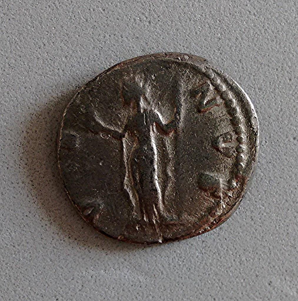Denario de Faustina Hija. VENVS. Roma 26458989925_cc5976beb0_b