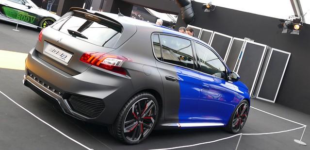 Cul noir pour le Secma F16/200T façon Peugeot Sport 24615501621_e9ca8cb9a3_z