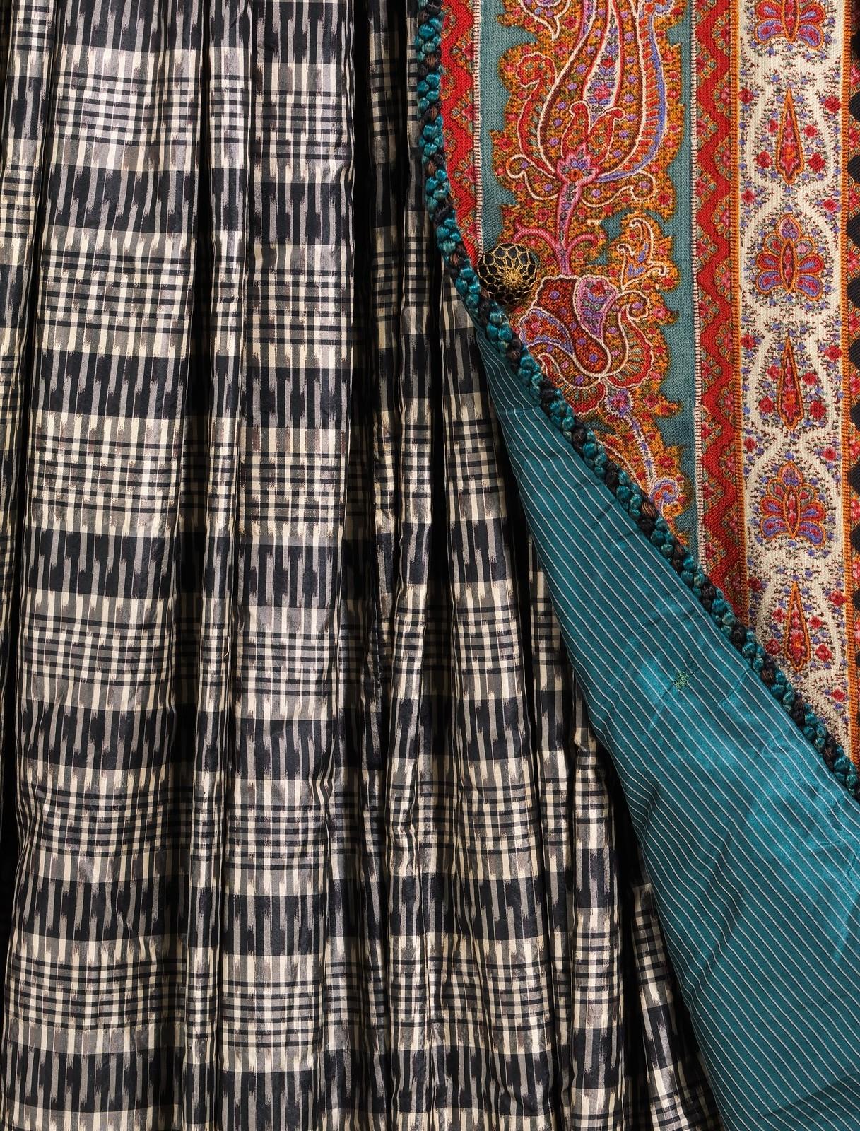 Dressing gown ca. 1875 American Wool, silk, metmuseum (detail showing lining)