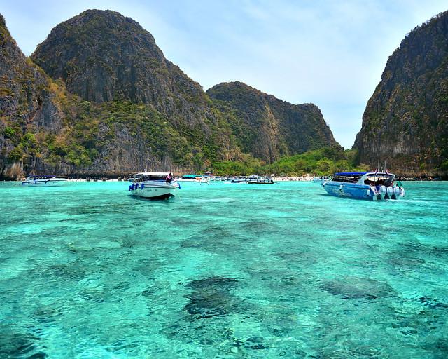 Llegando a la playa de Maya, una de las playas más famosas de Tailandia