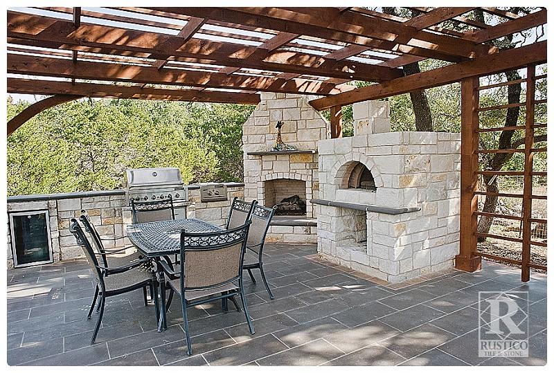 Outdoor Kitchen Tile Backsplash