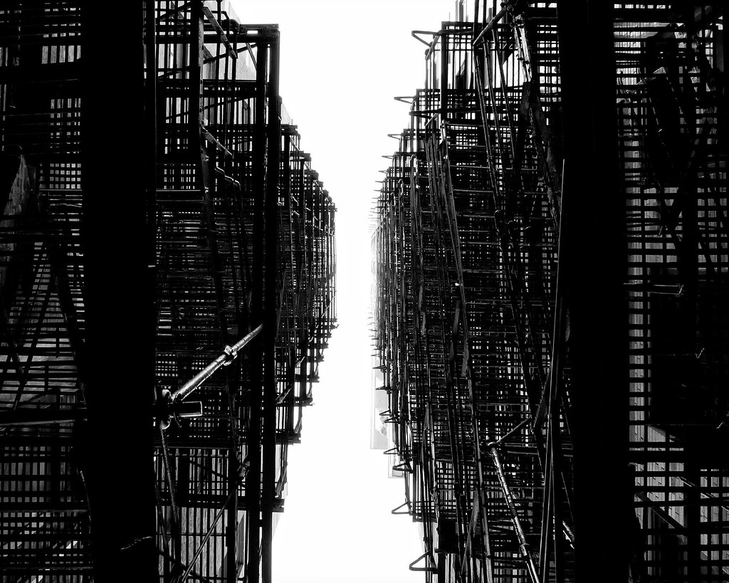 Kuo-Ling Huang - Chicago fire escapes