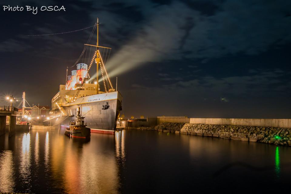 処女航海を待つS.S.コロンビア号