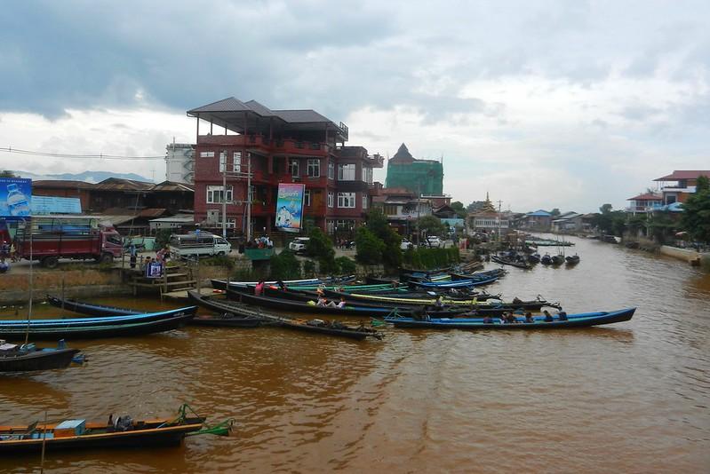Нуанг Шве,на озере Инле,Мьянма