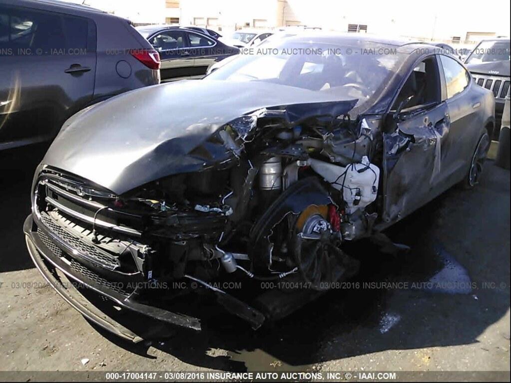 Tesla 3 Wheeler Wheel Sliced Into Pieces Keef