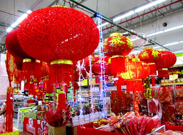 CNY lanterns & decor