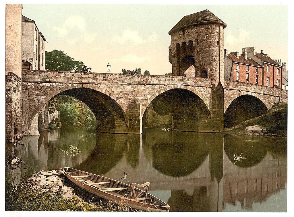 Bridge over the Monnow, Monmouth