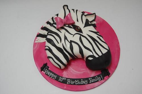 Groovy Zebra Cake Beautiful Birthday Cakes Funny Birthday Cards Online Alyptdamsfinfo