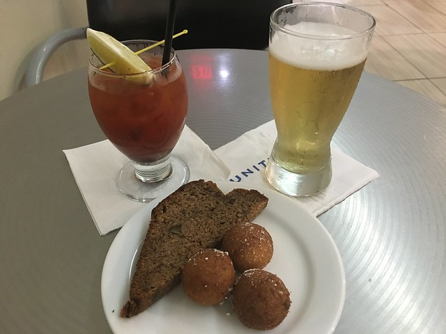 Pre-boarding snacks - United Club
