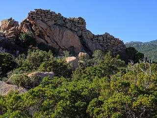 Le casteddu et ses fortifications Est
