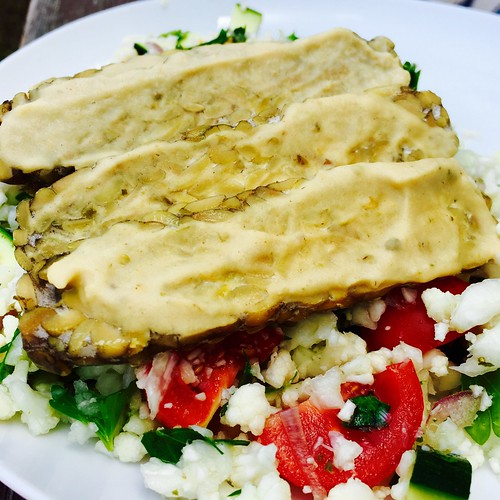 Cauliflower Tabbouleh with Hummus Tempeh
