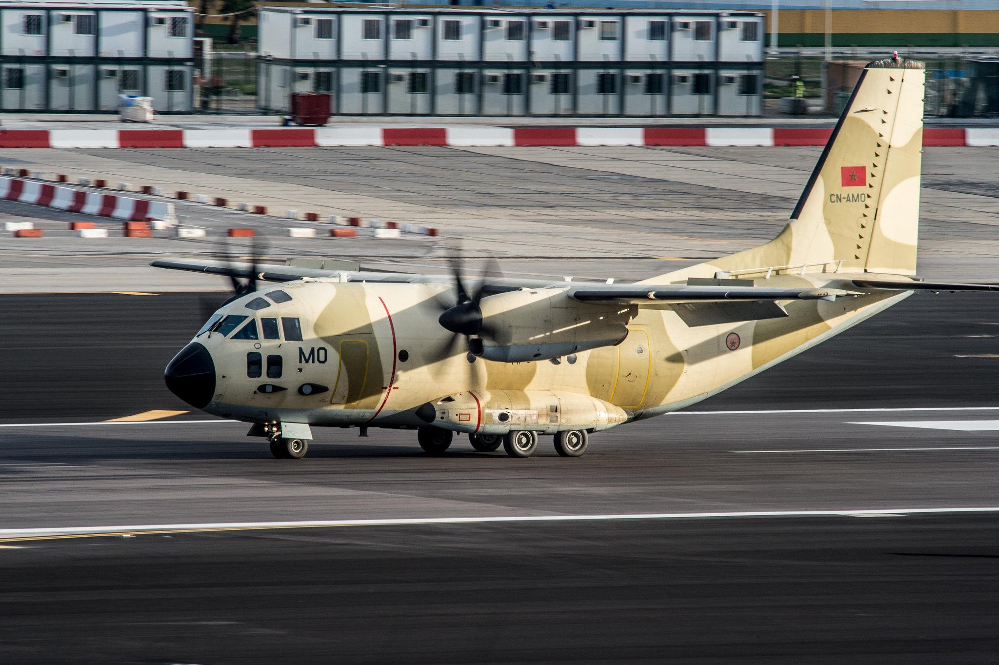 طائرات النقل العاملة بالقوات المسلحة المغربية - صفحة 3 24347775373_2de7c5b3ae_k
