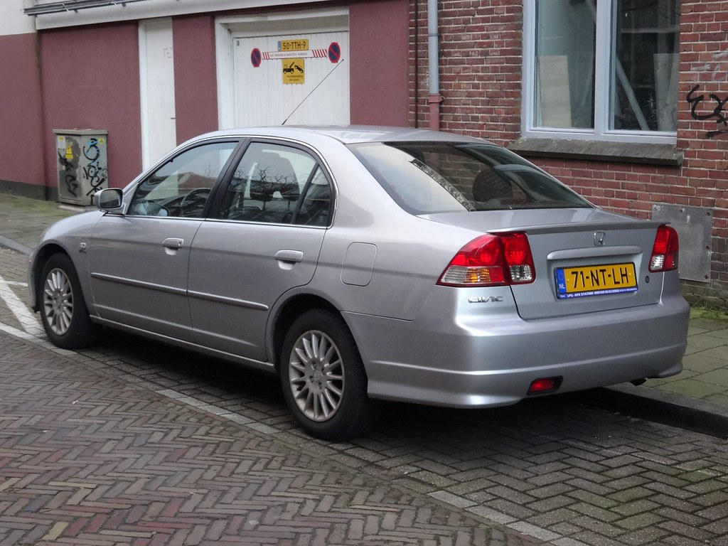 2004 Honda Civic HX - Coupe 1.7L CVT auto