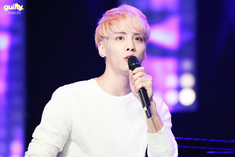 160426 Jonghyun @ MBC Live Concert - Blue Night 26629228441_0a74aabf7a_o