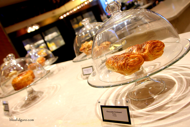 Crema Marriott Grand Ballroom Pastries