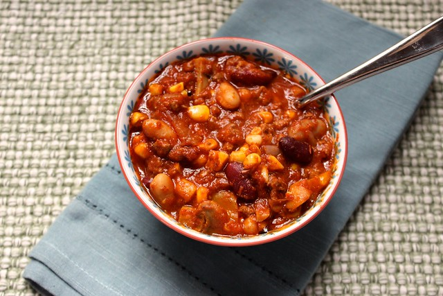 slow-cooker-beef-vegetable-chili