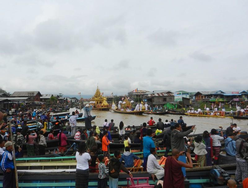 Инле, Мьянма, фестиваль