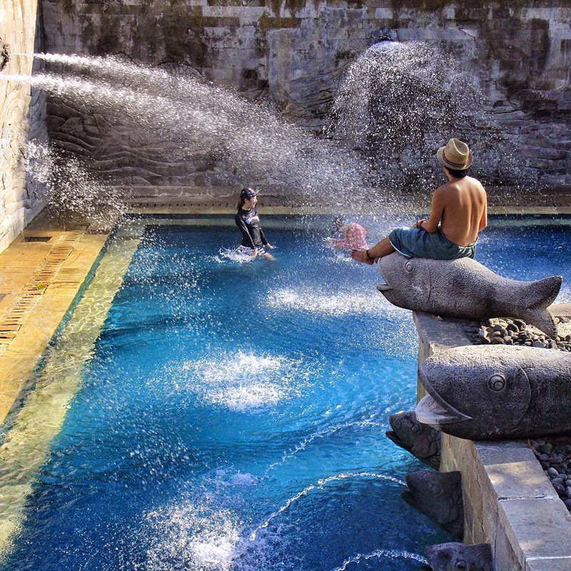 26-fun-pool-via-asokaremadja