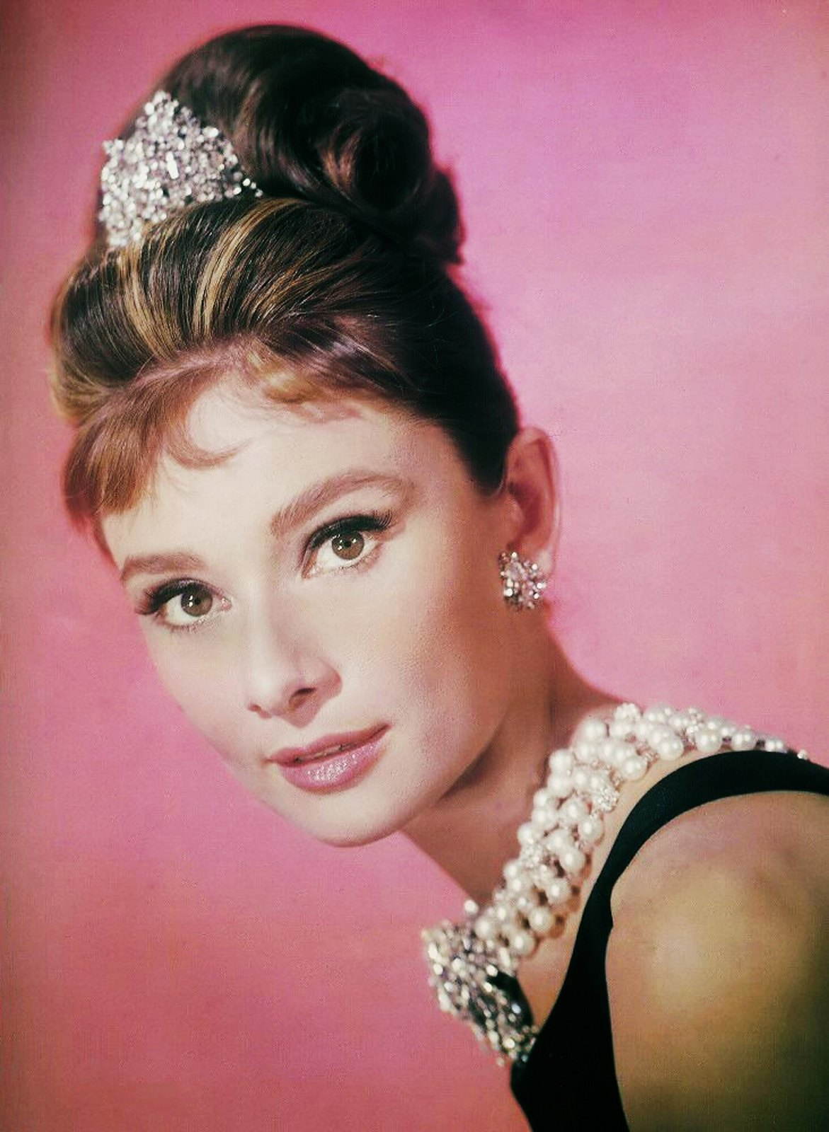 10 Surprising Facts About Audrey Hepburn 5 Minute History