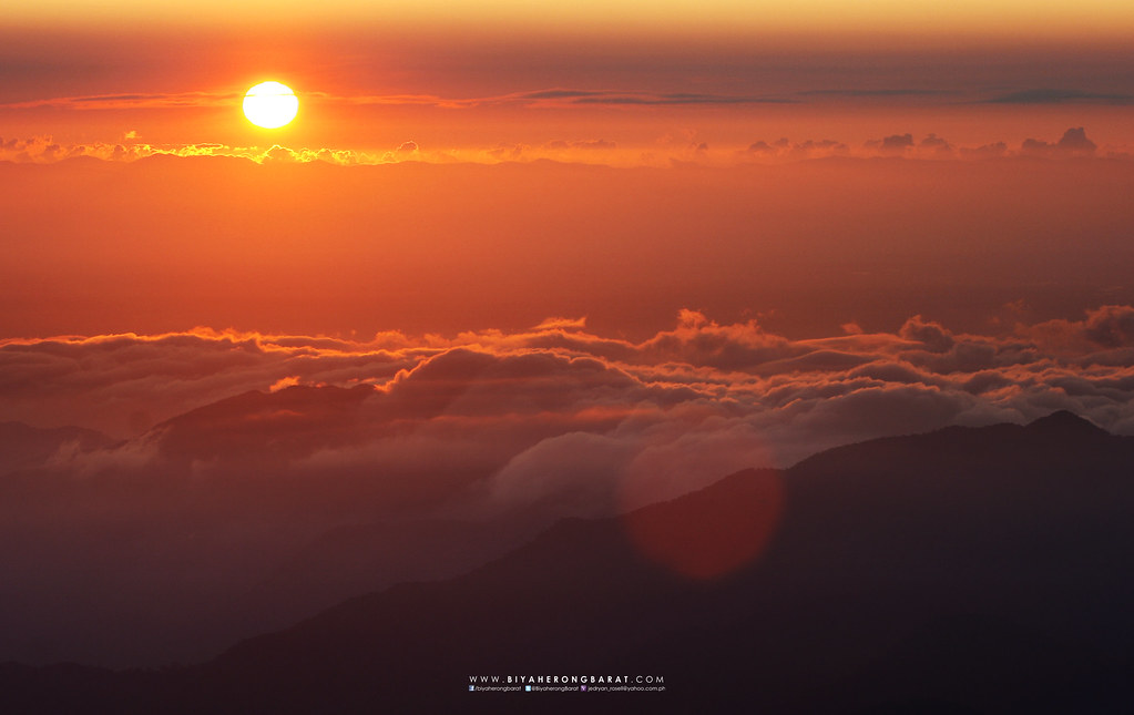 sea of clouds mount amuyao summit barlig mountain province