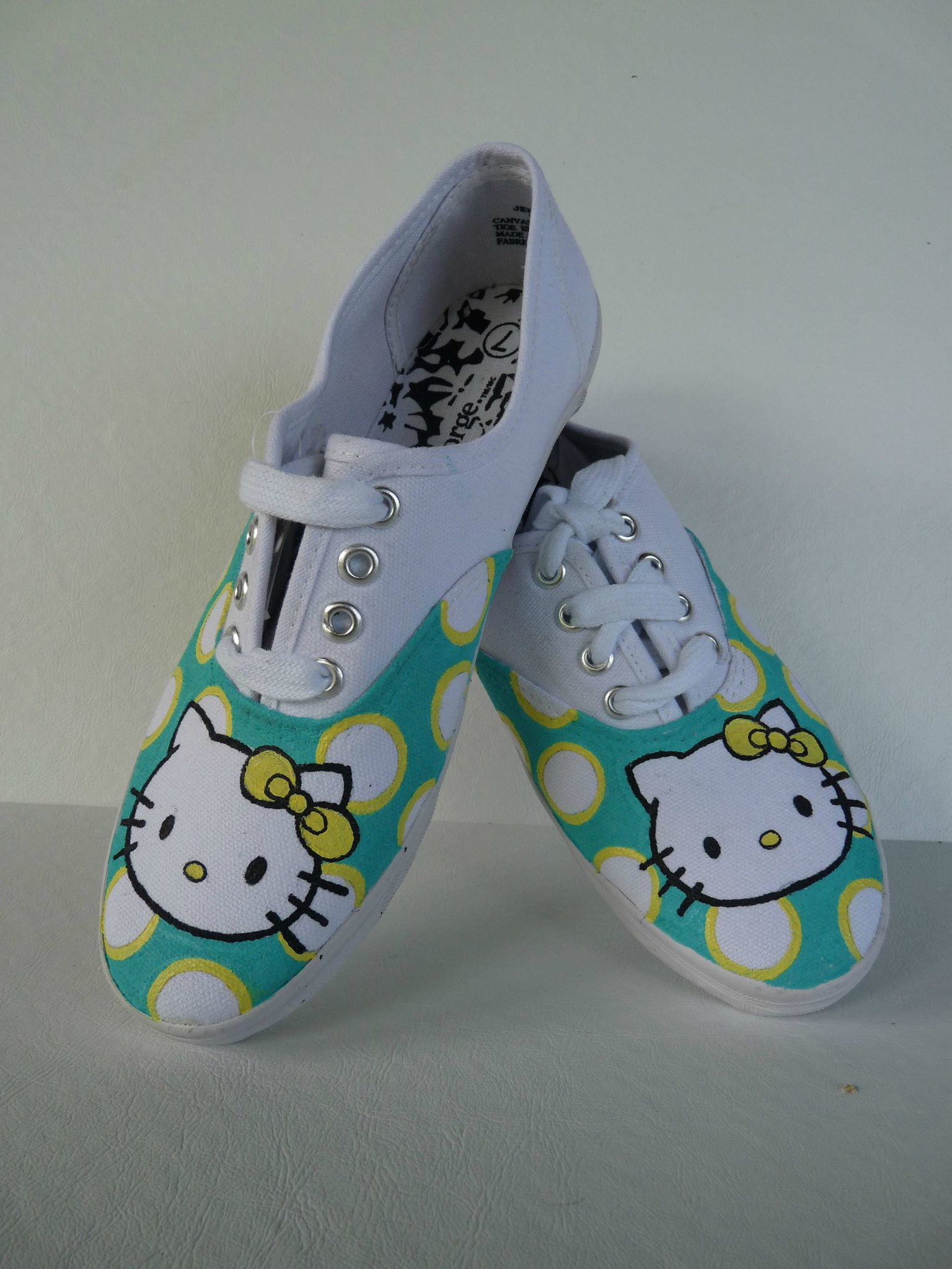 Hello  Kitty sneakers by SheriffKarli