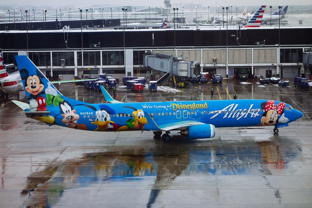 Disney Flight Chicago O Hare Alaska Airlines Boeing 737