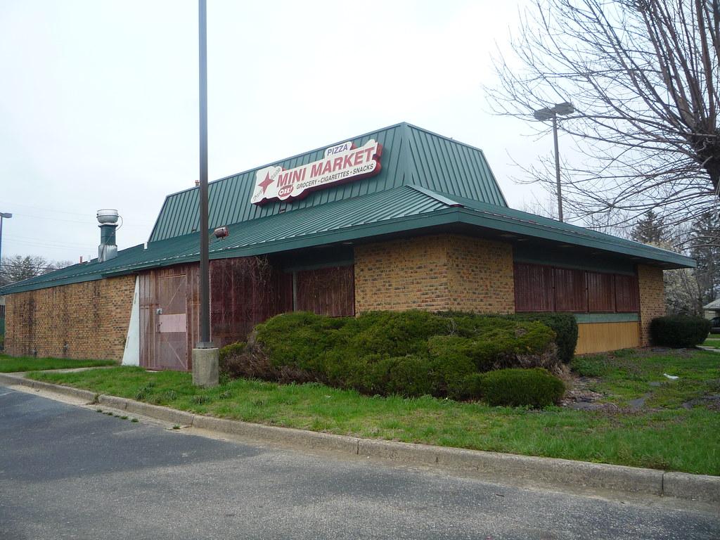 Pizza deals beavercreek ohio