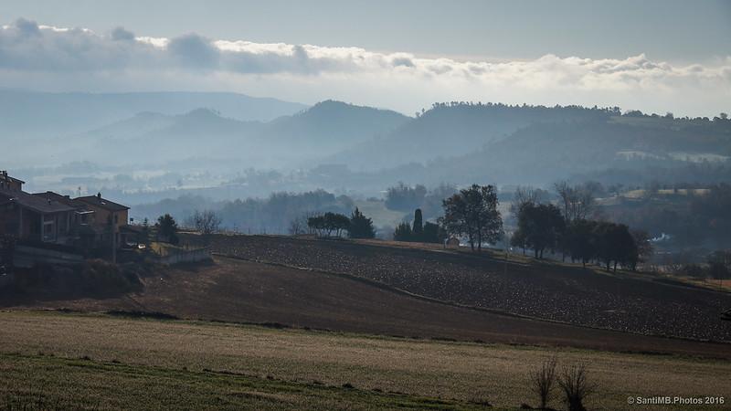 Campos del Berguedà bajo el frío matutino.