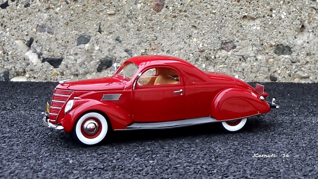 1937 lincoln zephyr 3 window coupe issued by neo scale for 1937 lincoln zephyr 3 window coupe for sale