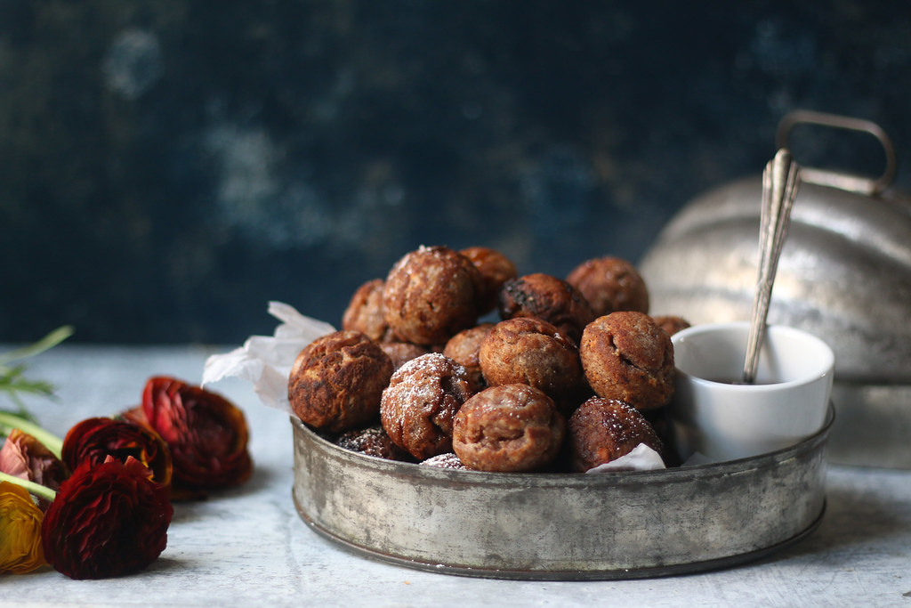 Red Rice Sweet Paniyaarm/fritters stuffed with Coconut and Palm Sugar |foodfashionparty| #foodphotography #holirecipes #indiansweets