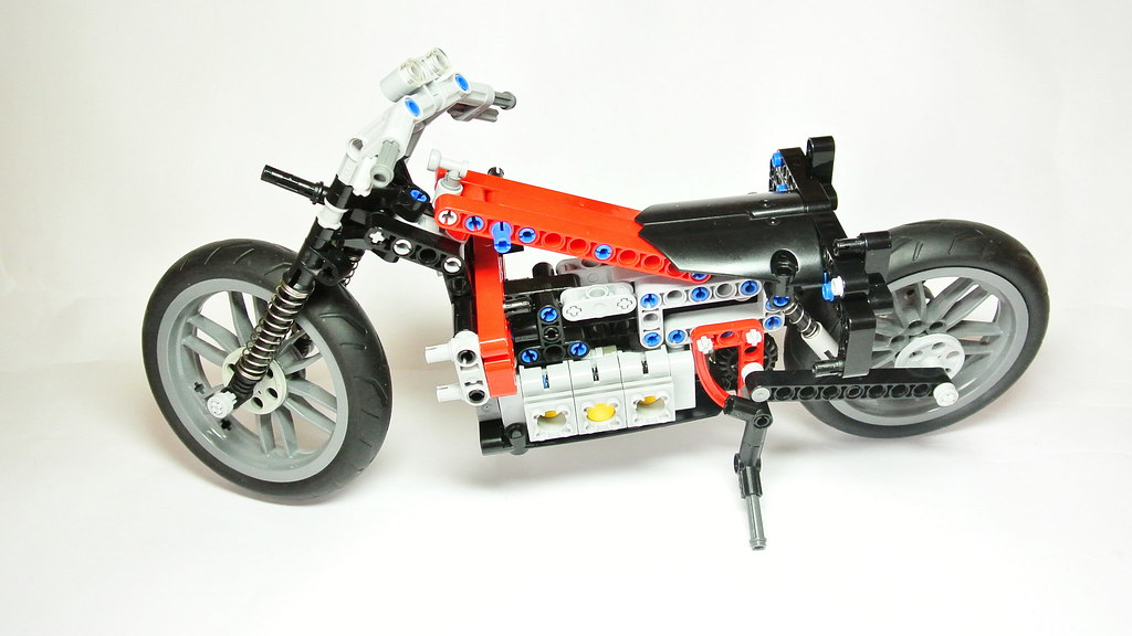 how to build with technic on legodisigner