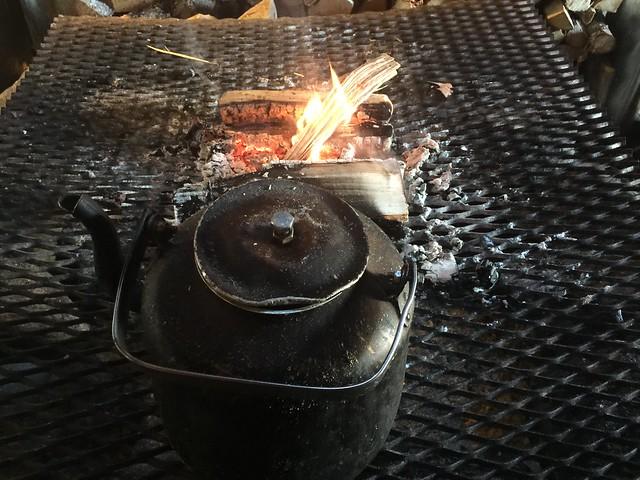 Calentando sopa de reno en Noruega
