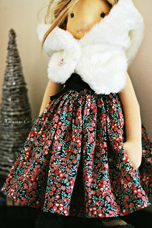 Winter Berry Skirt for 18-21 inch doll