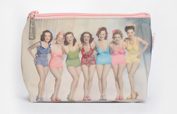 retro cosmetic bag
