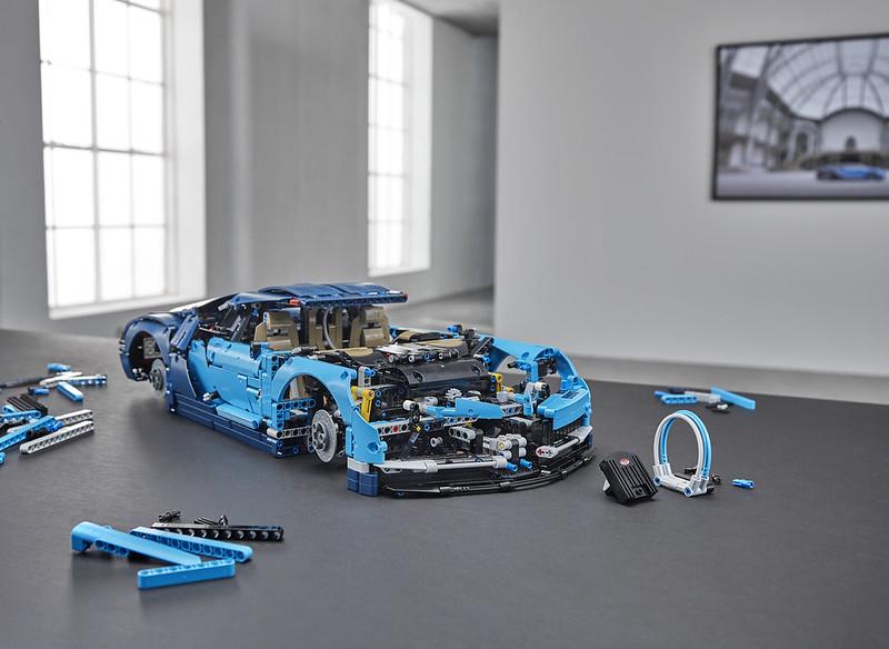 lego technic 42083