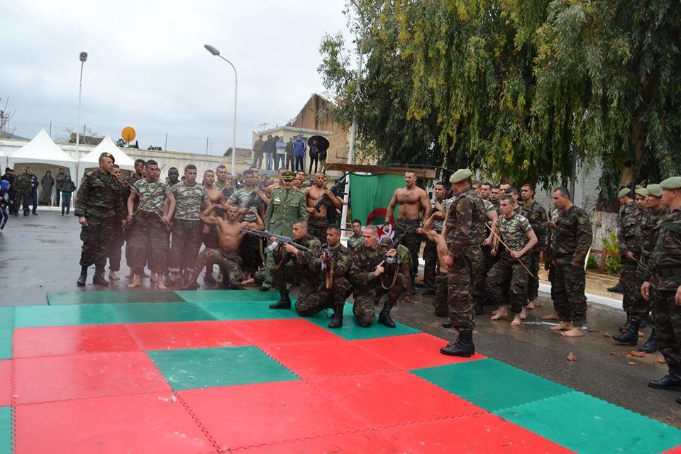 موسوعة الصور الرائعة للقوات الخاصة الجزائرية - صفحة 64 41994685134_4d6981d10b_o
