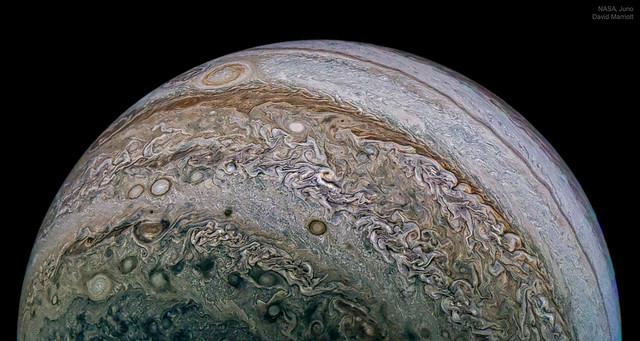 VCSE - A Jupiter a Junóról nézve - APOD