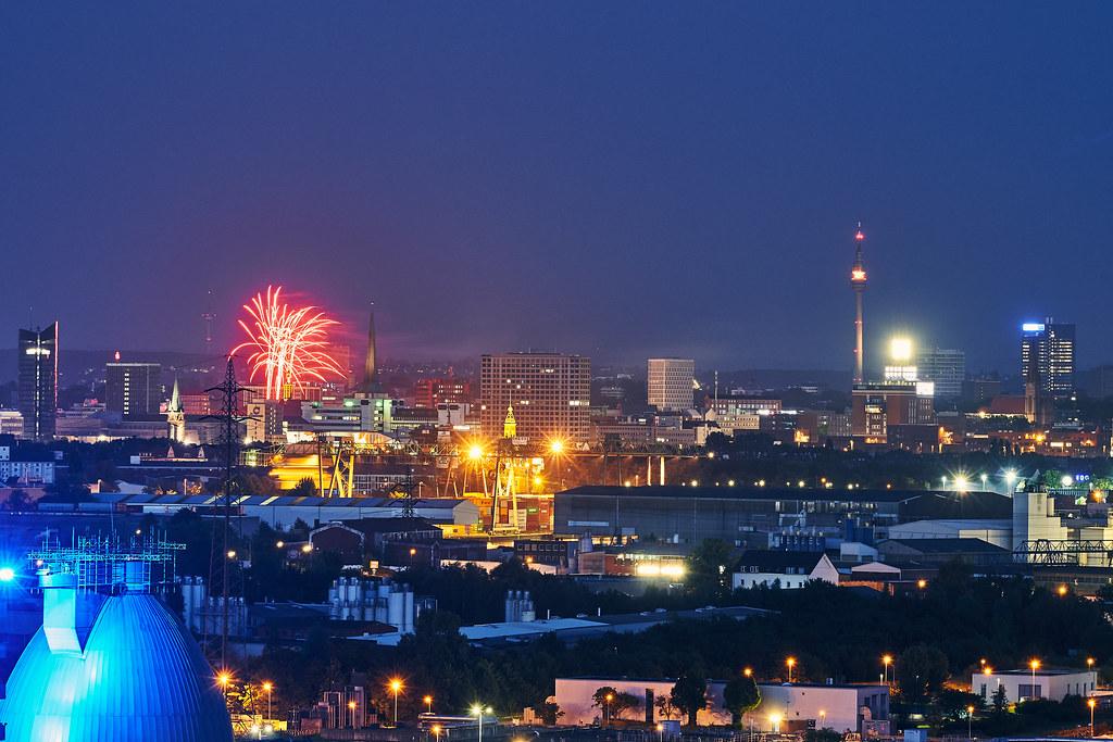 Dortmund Skyline mit Feuerwerk Dortmund a la Carte