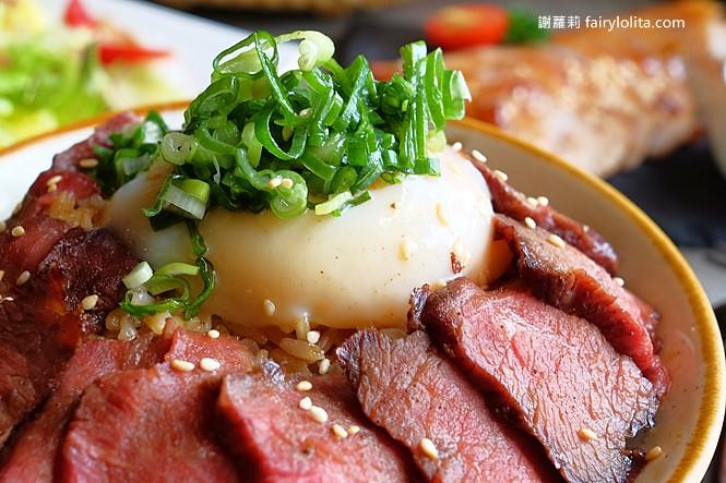 40915223180 b9ece28bea b - 熱血採訪 | 台中我流精緻烤物餐廳,外觀霸氣價格平價,我流丼飯牛肉蓋好蓋滿只要120元