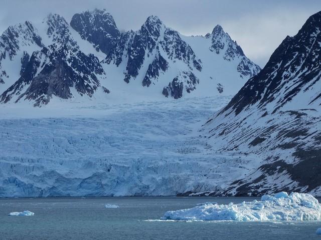 Glaciar Mónaco en Svalbard