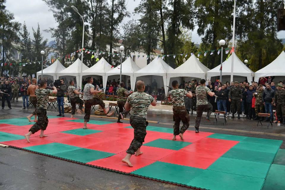 موسوعة الصور الرائعة للقوات الخاصة الجزائرية - صفحة 64 28838862868_0858d274c6_o