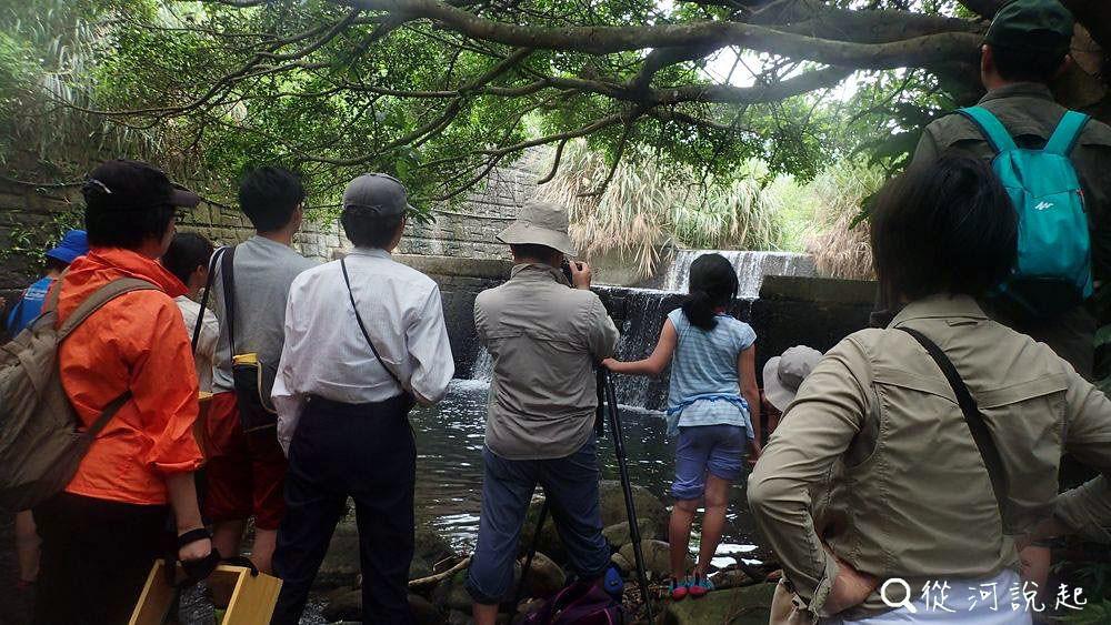 4_可能對小孩子來說都難以上攀的壩(圖片來源:人禾)