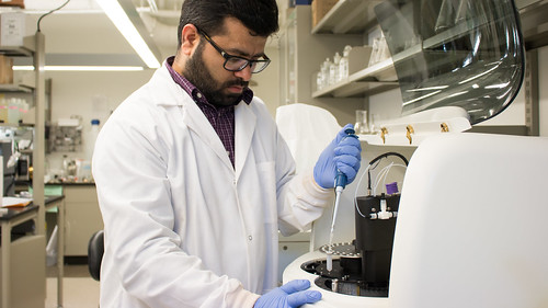 Jasmeet Lamba analyzes water samples