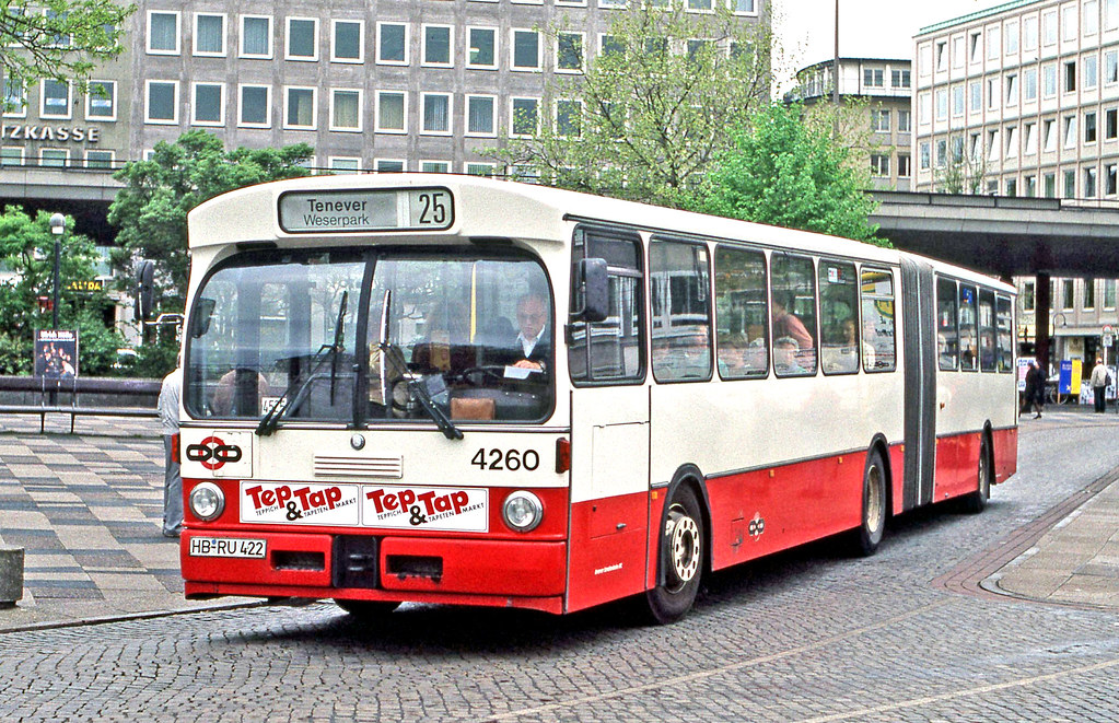 BSAG Bremen: 4260 on route 25 near the Hauptbahnhof   Flickr