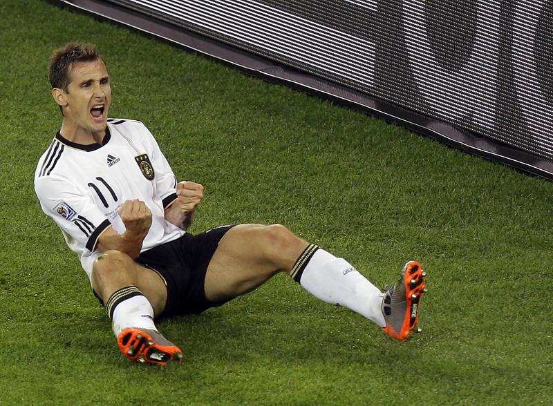 已退役的德國「進球機器」Miroslav Klose是目前世足賽進球數最多的球員。(達志影像資料照)