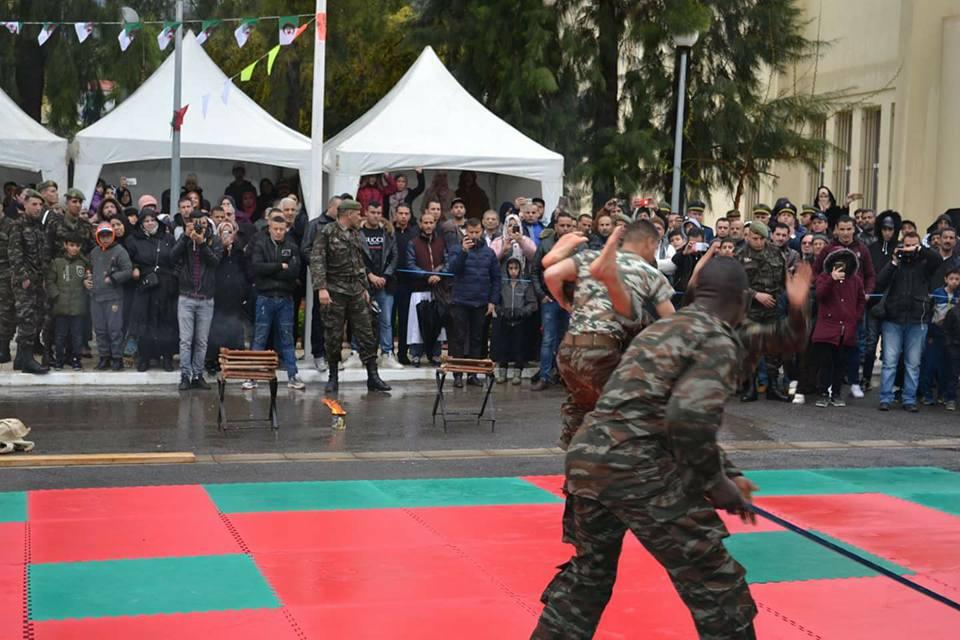موسوعة الصور الرائعة للقوات الخاصة الجزائرية - صفحة 64 41994490284_1649a08290_o