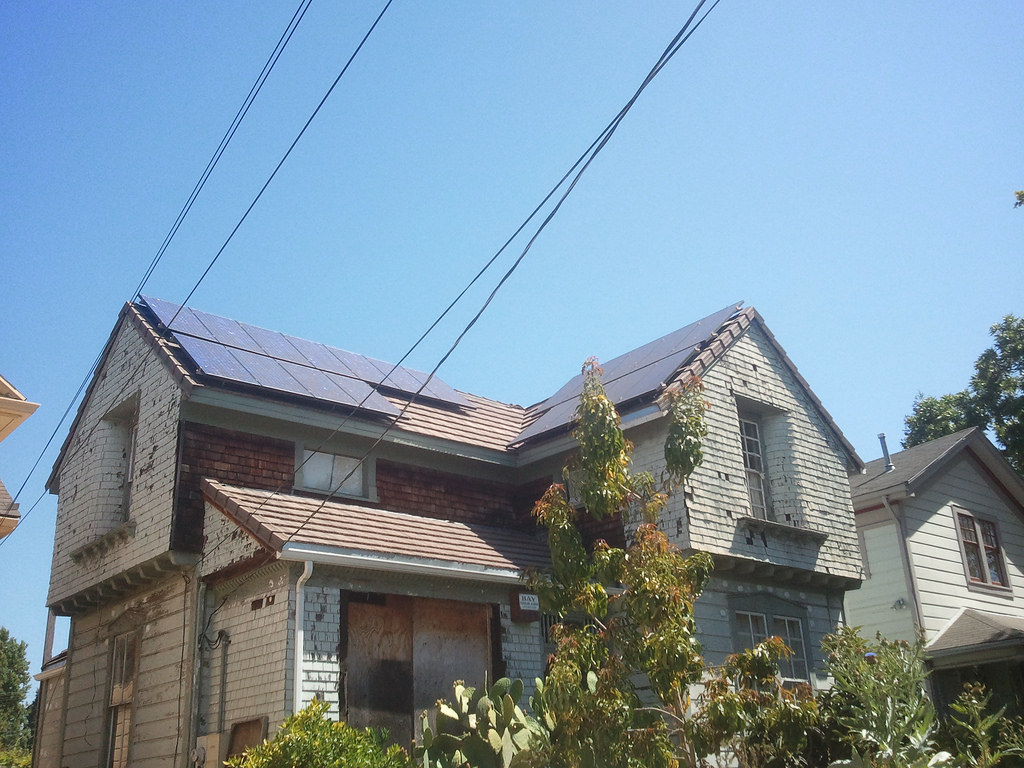 加州政府要求新屋裝設太陽能板